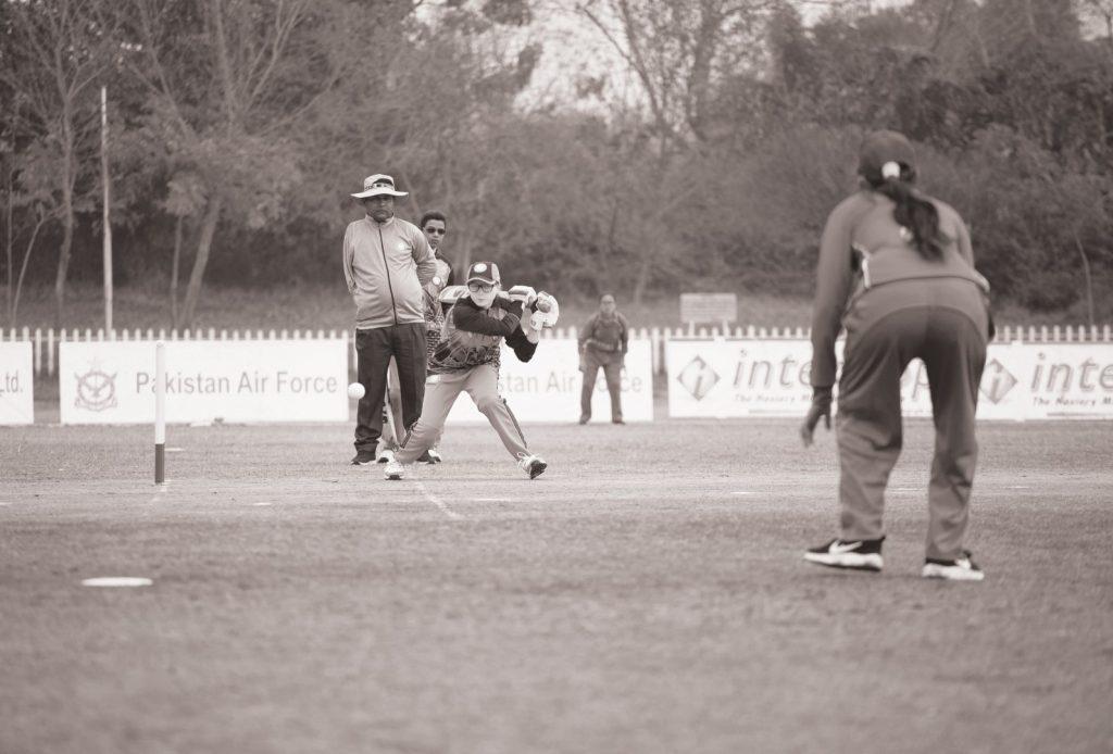 pakistani player batting a bow bowled by nepali player