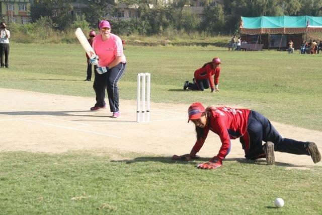 Geeta Poudel doing wicketkeeping