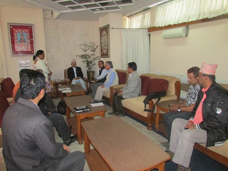 Meeting with Home Minister after the Earthquake
