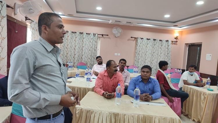 प्रदेश नं २ का अध्यक्ष किरण कुमार पासवान सहभागीको स्वास्थ्य र पुनर्स्थापना विषयमा उठेका जिज्ञासा मेटाउदै